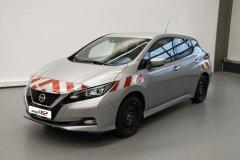 2020-11_warnmarkierung-online_Nissan-Leaf_DIN30710_design112-2