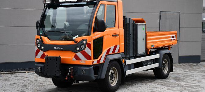 Nun auch für Multicar erhältlich – Passgenaue Warnmarkierung nach DIN30710