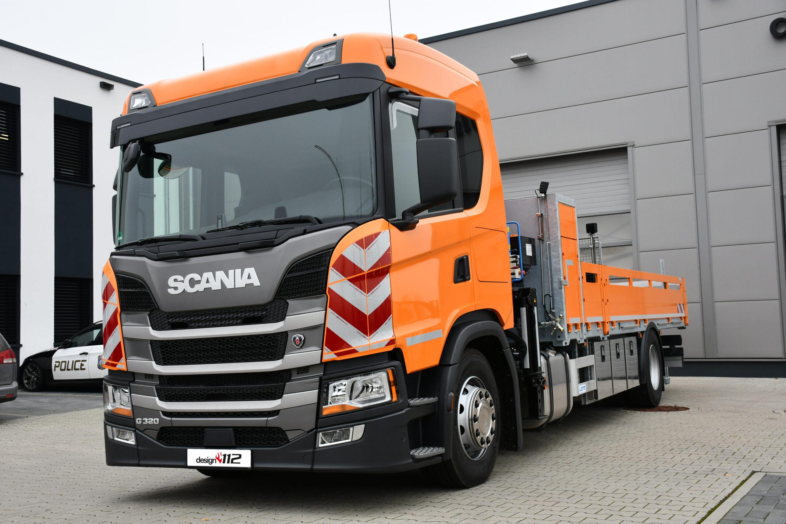 Passgenaue Warnmarkierung für die neue Scania G-Baureihe – jetzt bei warnmarkierung-online.de